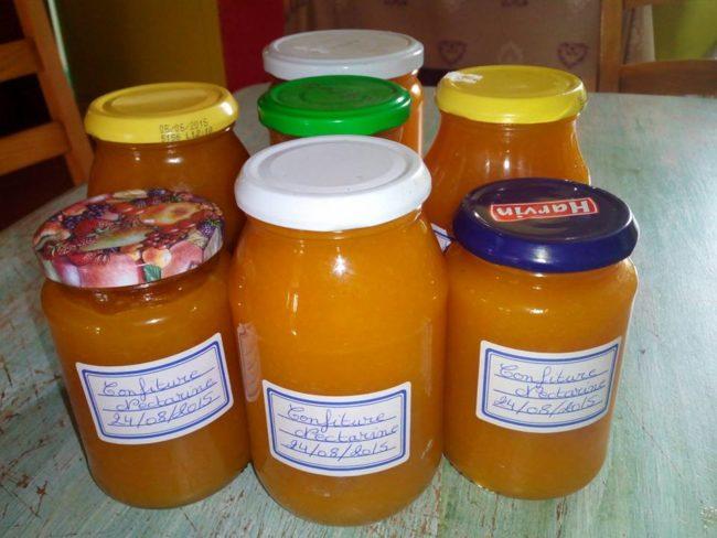 Confiture maison à la Nectarine